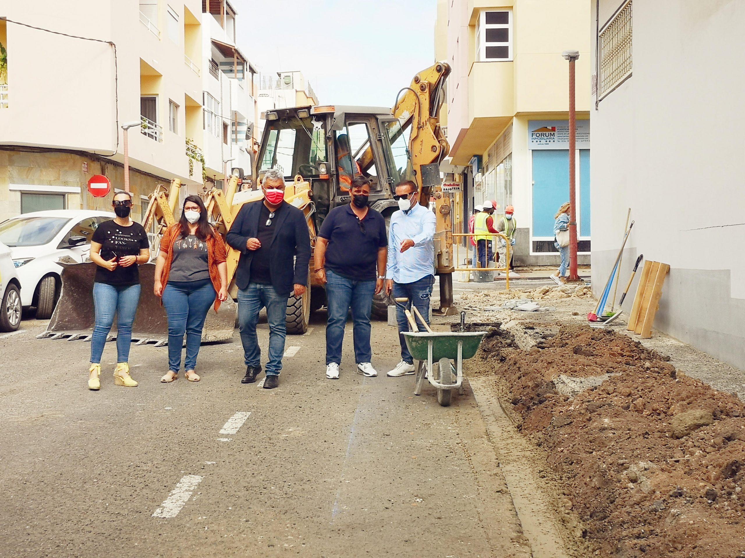 unnamed-2-scaled Comienzan las obras para adaptar las aceras de Puerto del Rosario a la normativa