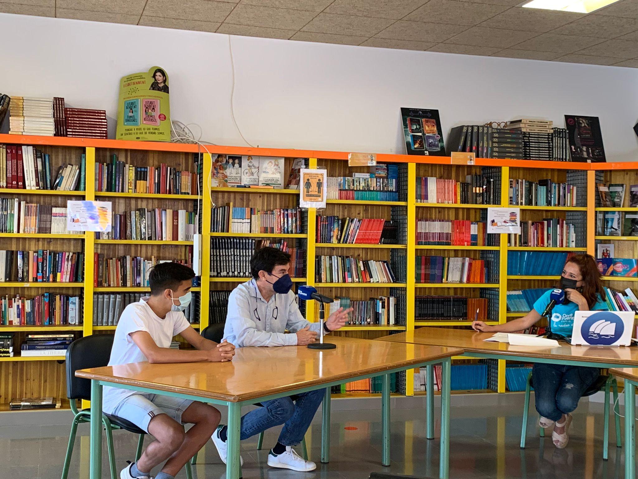 alumnos-puerto-cabras 'El Magacin' en el IES Puerto del Rosario Rafael Báez