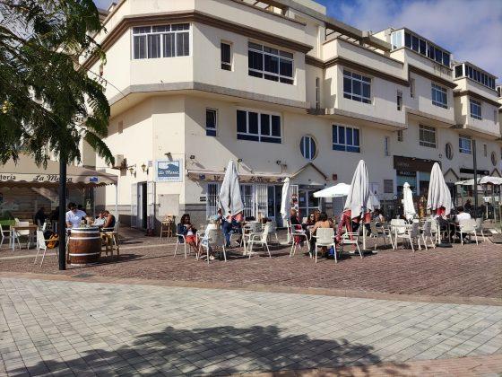 """141295575_875244306562534_566920218221944156_n-560x420 La Marea, Los Podomorfos, Casa Manolo y la pizzería Da Vivi reciben un """"Solete"""""""