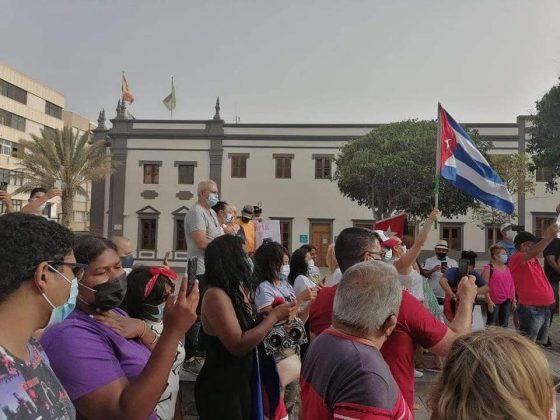 217107463_4520876247930604_5613540875362619268_n-560x420 Fuerteventura se une 'Por una Cuba Libre'
