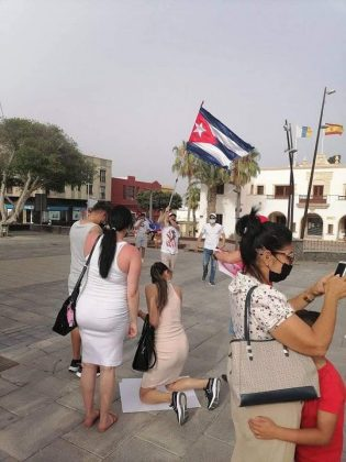 217408812_4520875907930638_4750671286117980085_n-315x420 Fuerteventura se une 'Por una Cuba Libre'