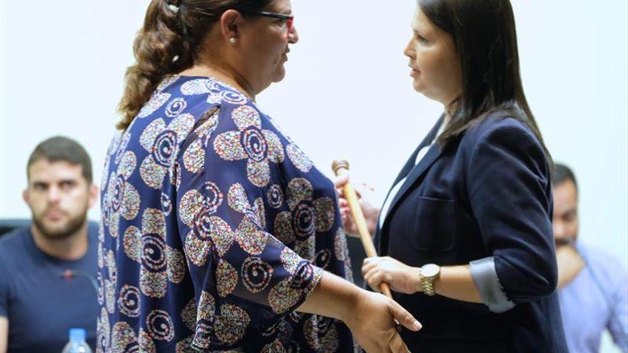 """846827d5-4aff-4212-9b66-aad85aacaa8c_16-9-aspect-ratio_default_0 Esther Hernández invita a AMF a abandonar el pacto en Tuineje si se siente """"tan incómodo"""""""
