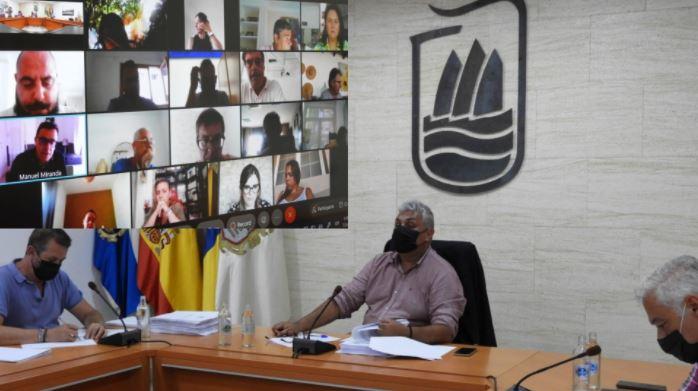 Pleno-Puerto-1 Puerto del Rosario aprueba la mayor inversión del municipio