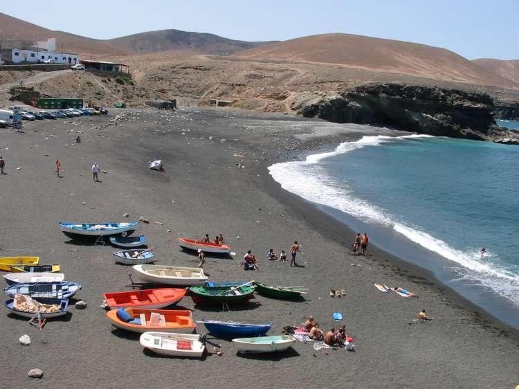 Ajuy Pájara invierte 450.000 euros en las playas del municipio