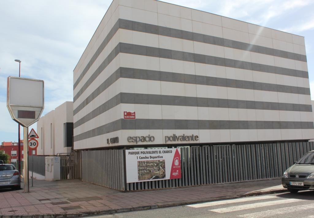 FACHADA-CENTRO-POLIVALENTE CC denuncia la «nula actividad» del Centro Polivalente El Charco