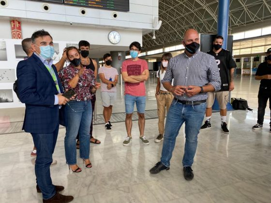 WhatsApp-Image-2021-09-14-at-12.57.15-560x420 Maxo Arte llega al aeropuerto de Fuerteventura